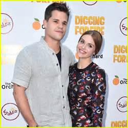 Holland Roden Dated Max Carver, Who is She Dating