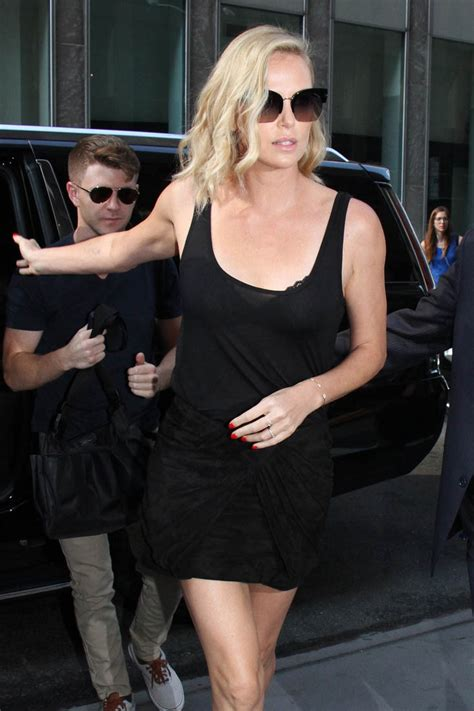 Charlize Theron tells Howard Stern about being impressed