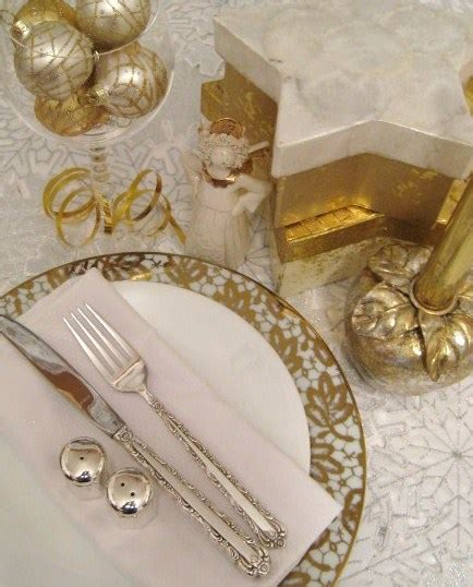 a silver and gold Christmas dinner table   cooking quarters