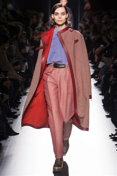 Hermès Fall 2017 Ready-to-Wear Collection - Vogue
