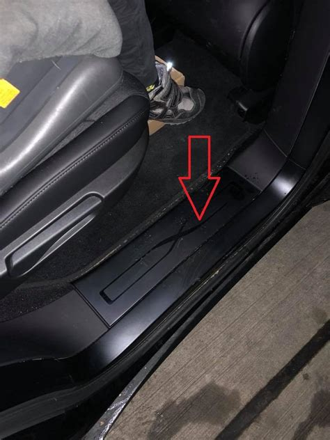 Tesla X (2015-x) - Where is VIN Number | Find Chassis Number