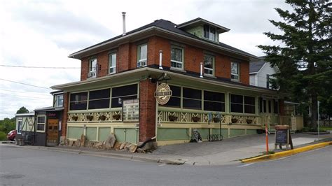 Bed & Breakfast — Stay in Gananoque | Stone & South