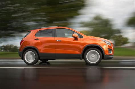 2016 Chevrolet Trax Adds Blacked-Out Midnight Edition