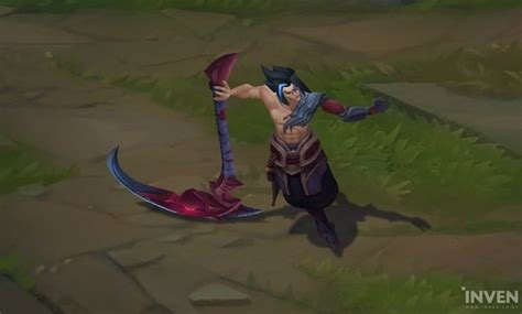 League of Legends: How to reap full benefits with Kayn