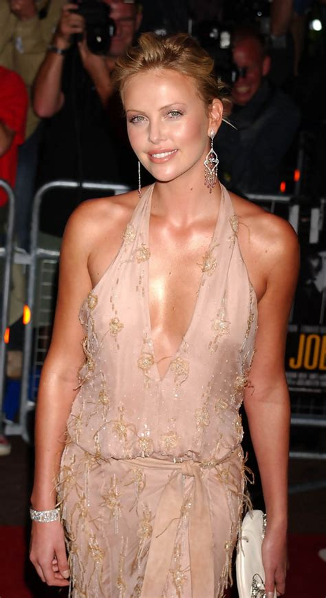 Charlize Theron - Charlize Theron Photos - UK Premiere of
