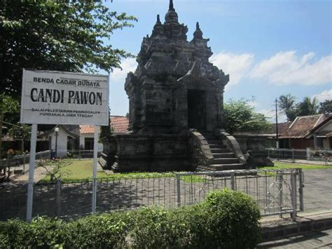 Relief at Pawon Temple - Picture of Candi Pawon, Magelang